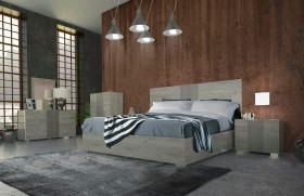 Refined Quality Master Bedroom Design in Wood