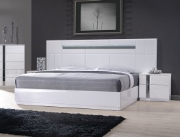 Wood Luxury Platform Bed with Long Headboard
