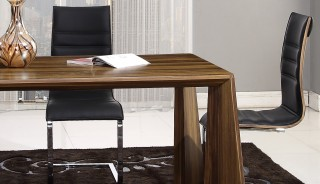 Gorgeous Walnut Finish Tapered Legs Table with Black and Chrome Side Chairs