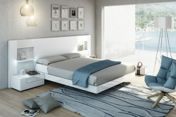 Lacquered Fashionable Quality Platform and Headboard Bed