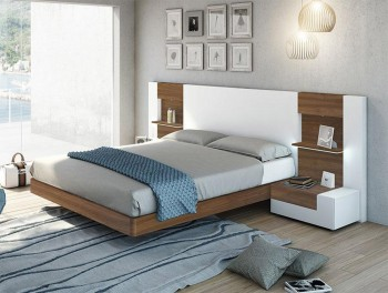 Elegant Wood Luxury Platform Bed with Drawers