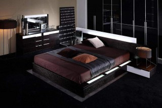 Stylish Wood Platform And Headboard Bed with Extra Storage