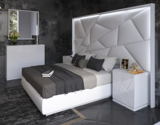 Elegant Leather Modern Design Bed Set