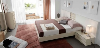 Lacquered Made in Spain Wood Modern Platform Bed