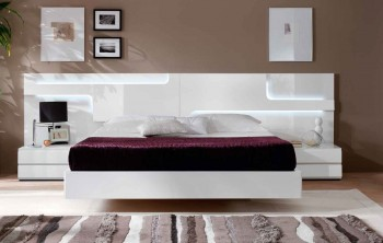 Lacquered Made in Spain Wood Platform and Headboard Bed with Extra Storage