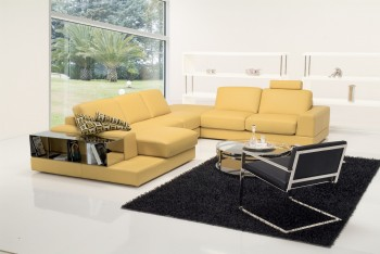 Fashionable Covered in All Leather Sectional