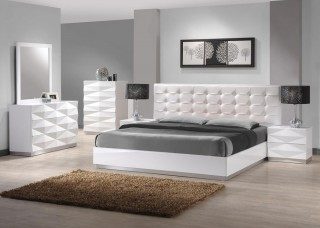 Lacquered Stylish Leather Modern Platform Bed