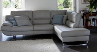 Luxurious Leather Corner Sectional Sofa