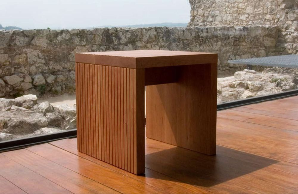 ultra contemporary cliff dining stool prime classic design