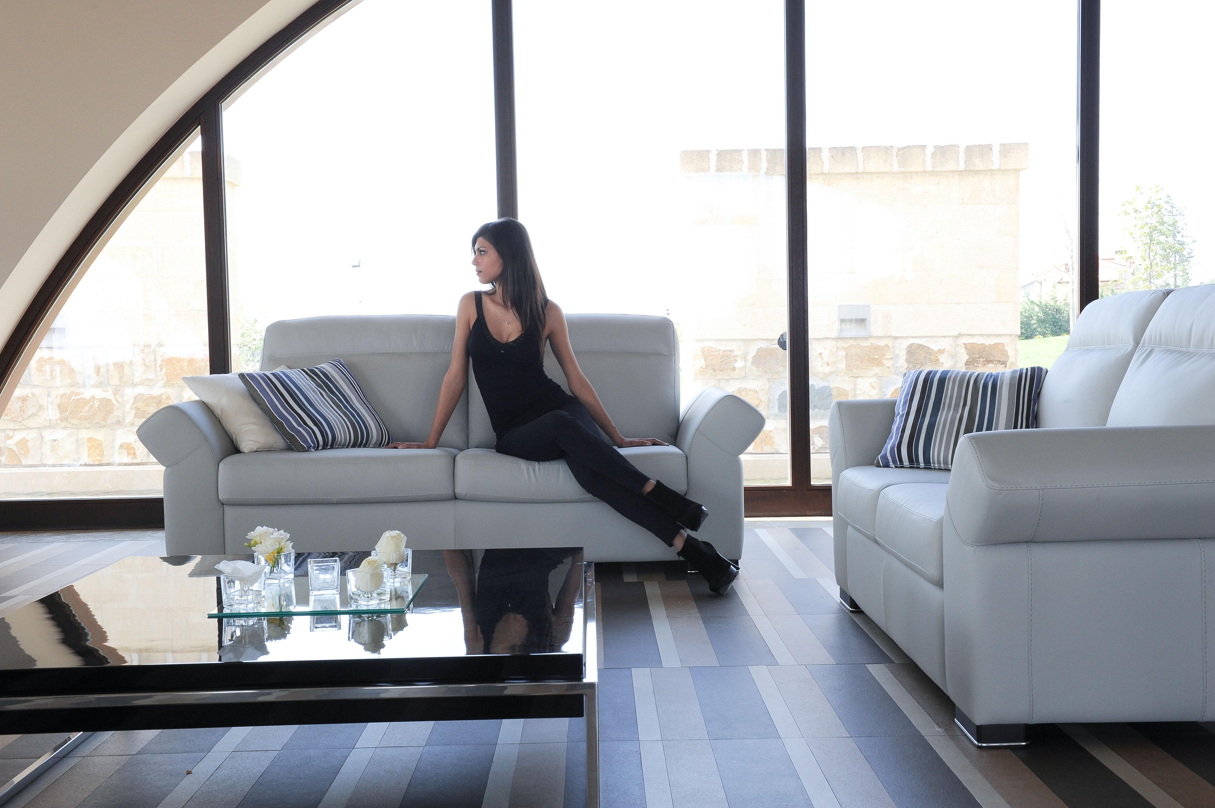 Fantastic Genuine Leather Extra Padded Soft Cushions Sofa Set Inzonedesignstudio Interior Chair Design Inzonedesignstudiocom