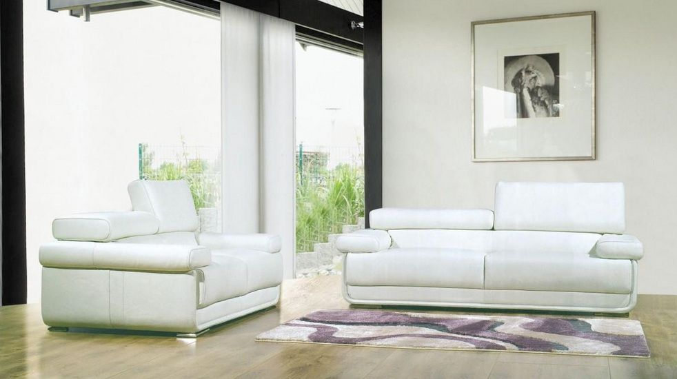 White 2pc living room set with metal legs anchorage alaska v8019a