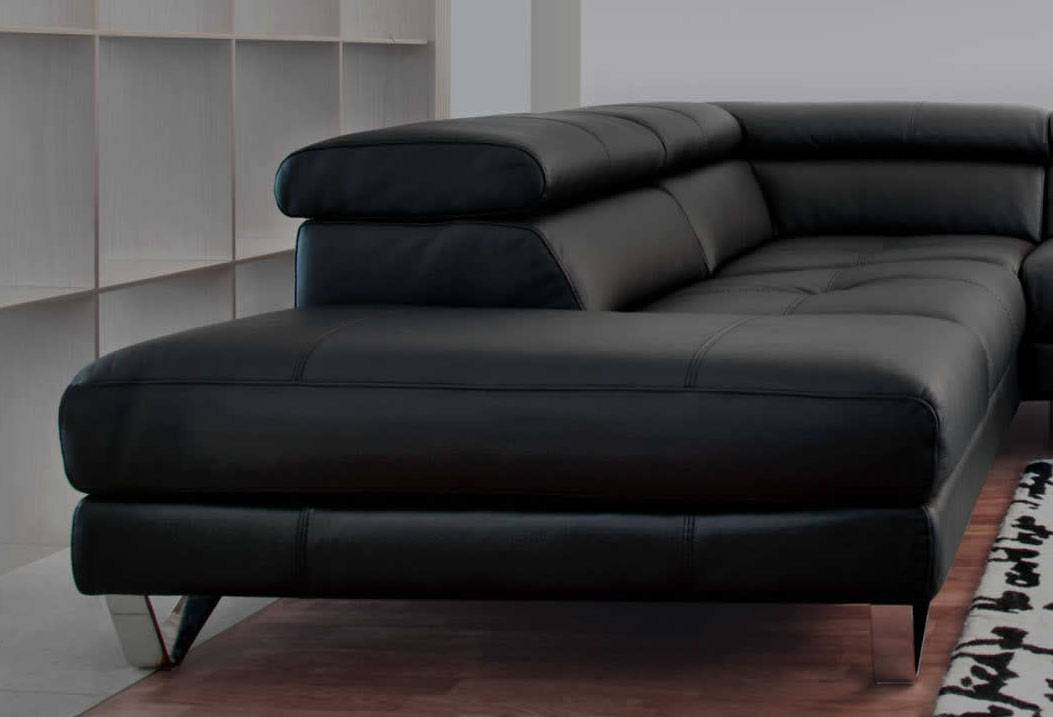 Exclusive curved sectional sofa in leather greensboro for Sectional sofa north carolina