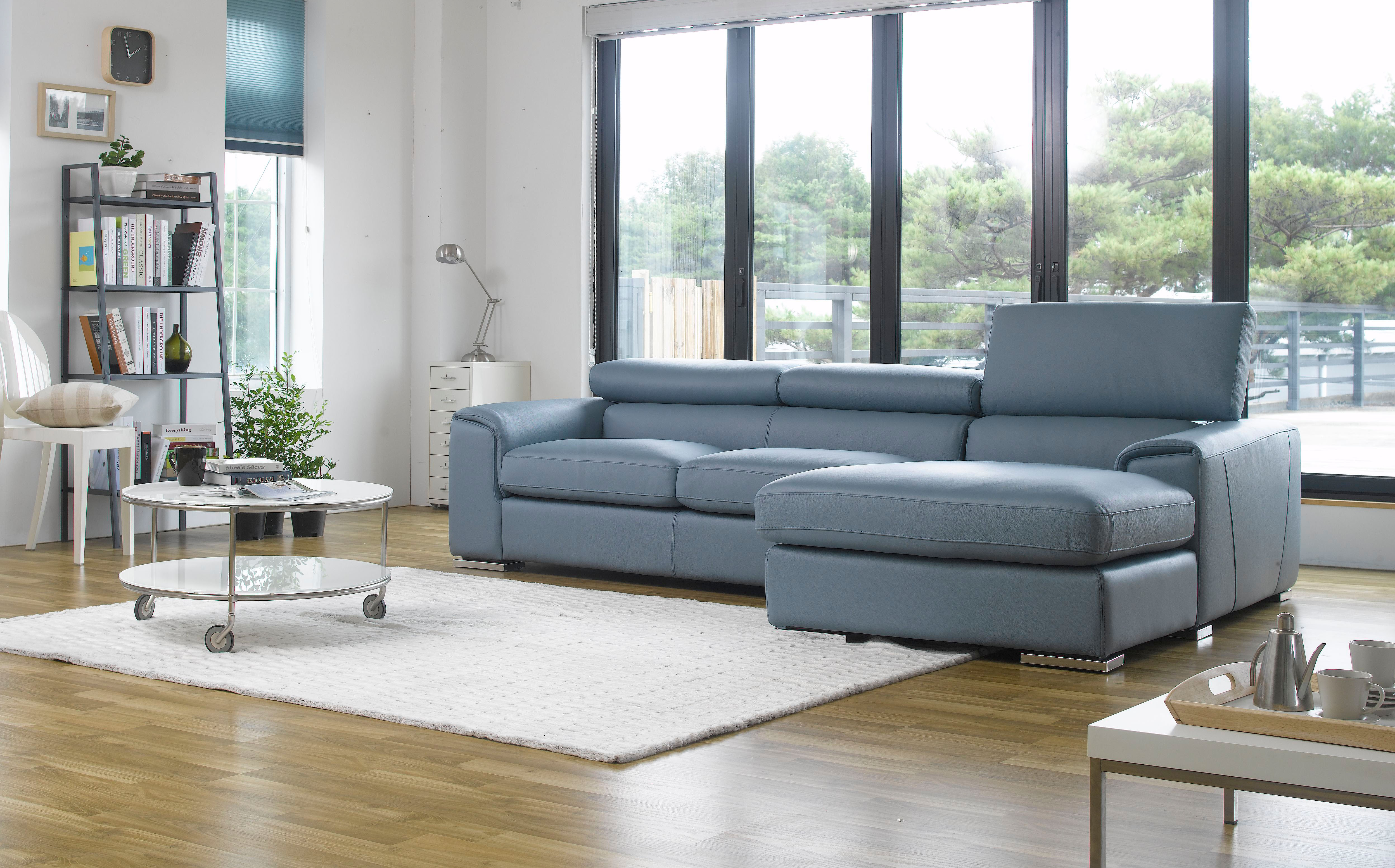 Sku 30699 Adjule Advanced Italian Top Grain Leather Sectional Sofa
