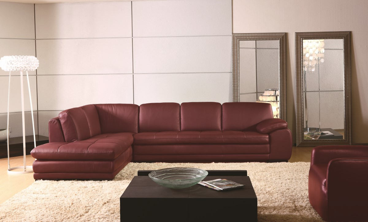 High-class Tufted Curved Sectional Sofa in Leather