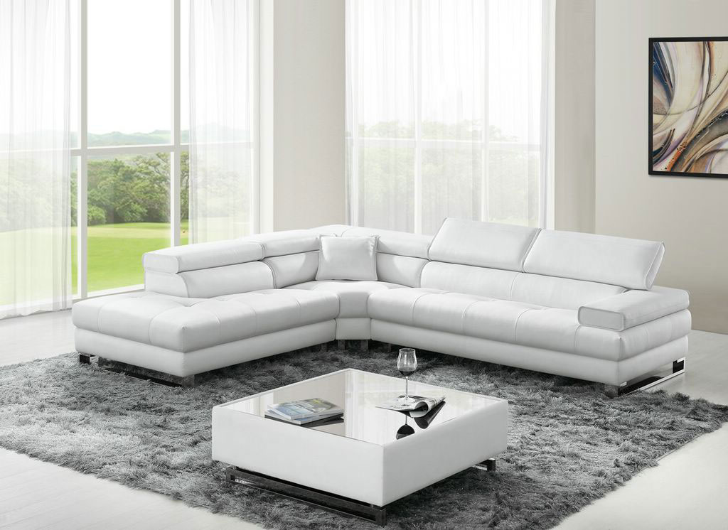 Classic Design Sectional Sofa In Italian Leather Dallas