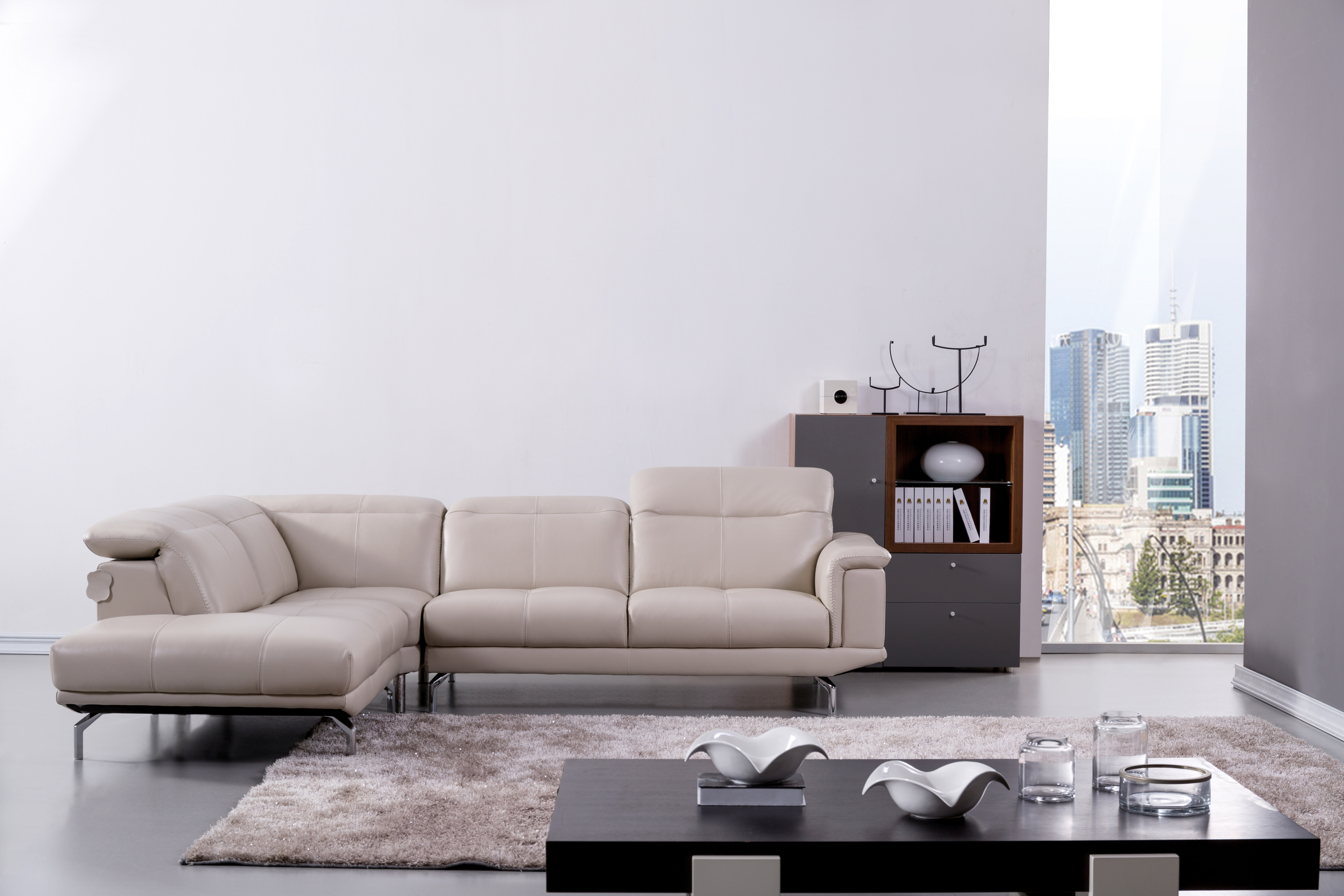 Elegant Beige Leather Sectional Sofa With Soft Appearance