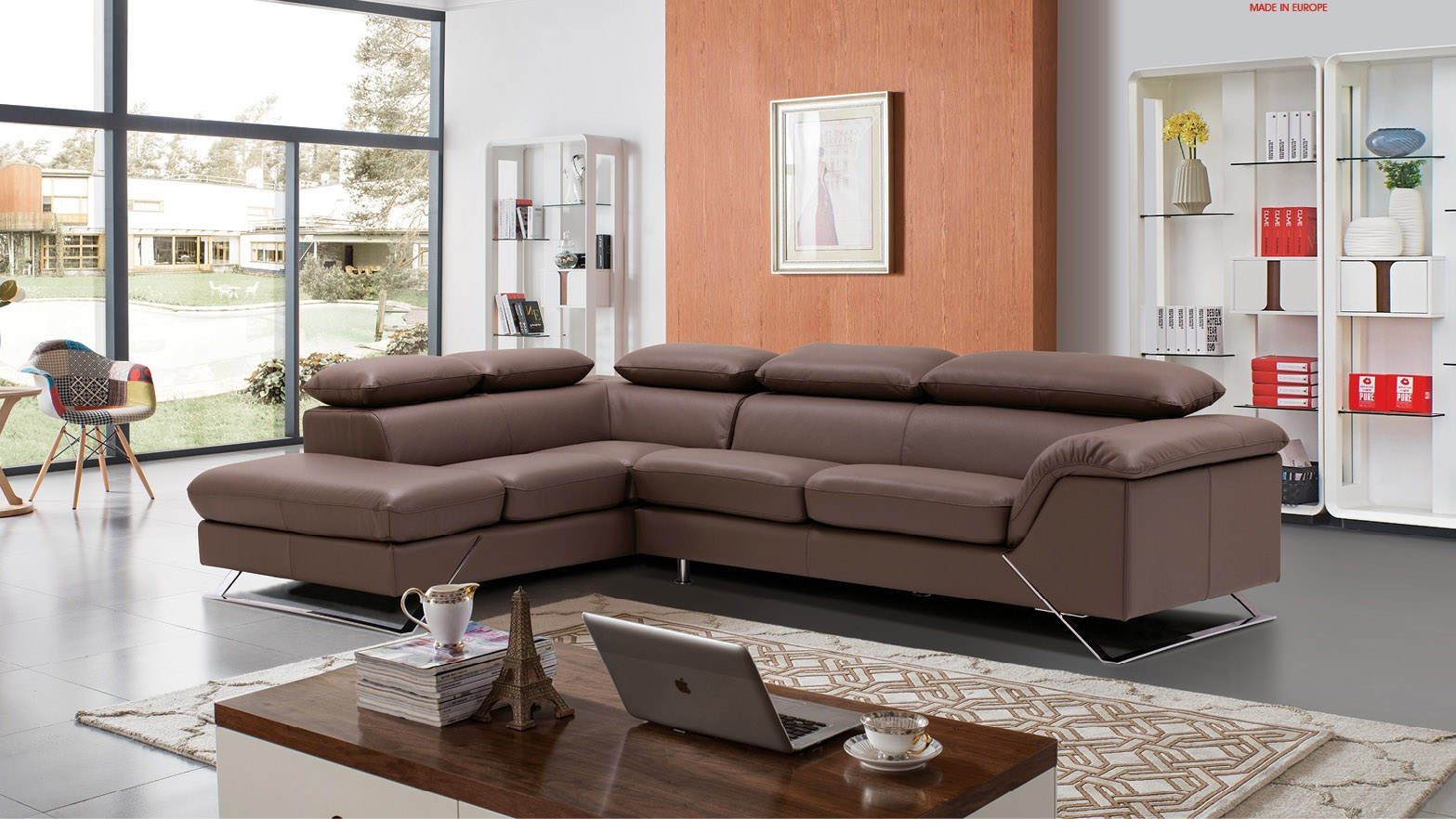 Sophisticated Leather Sectional with Chaise