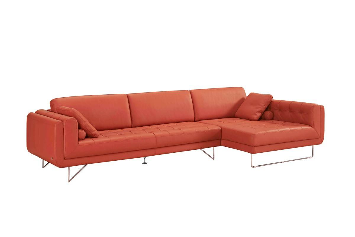 Graceful Sectional Upholstered In Real Leather Scottsdale