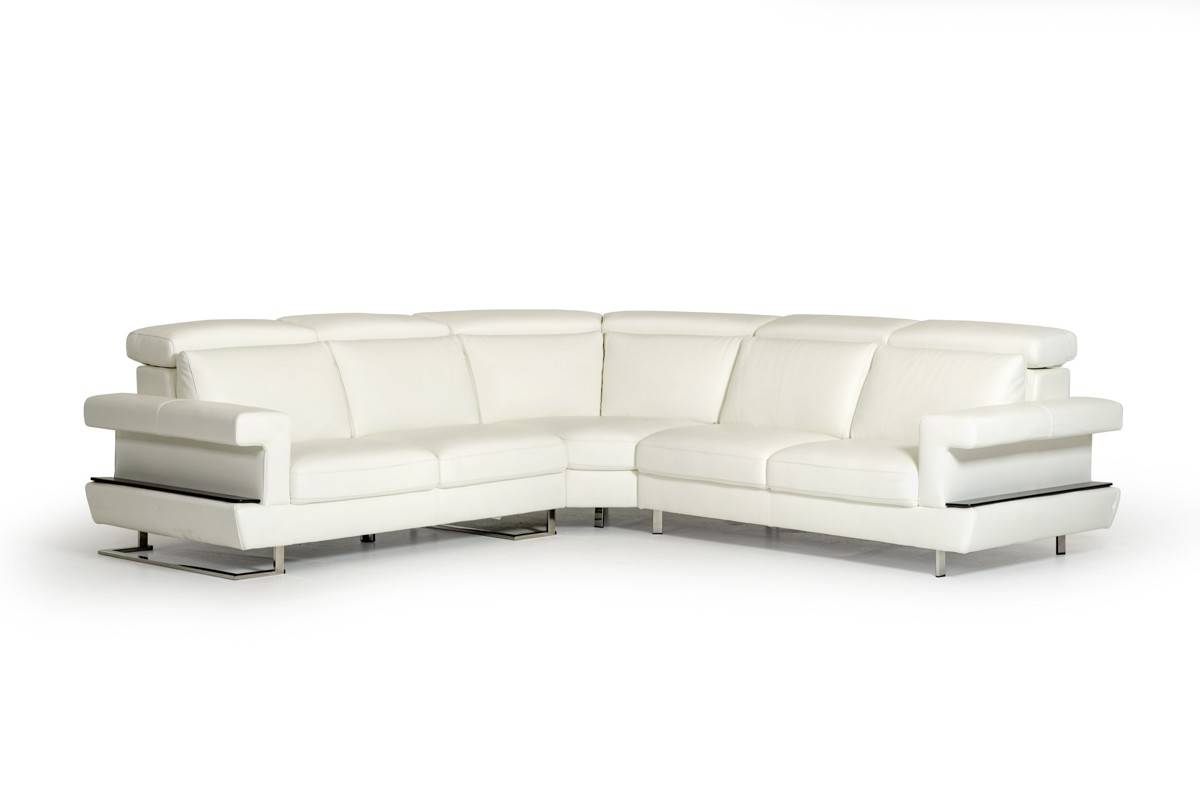 Three pieced contemporary leather sectional sofa austin for Sectional sofa austin texas