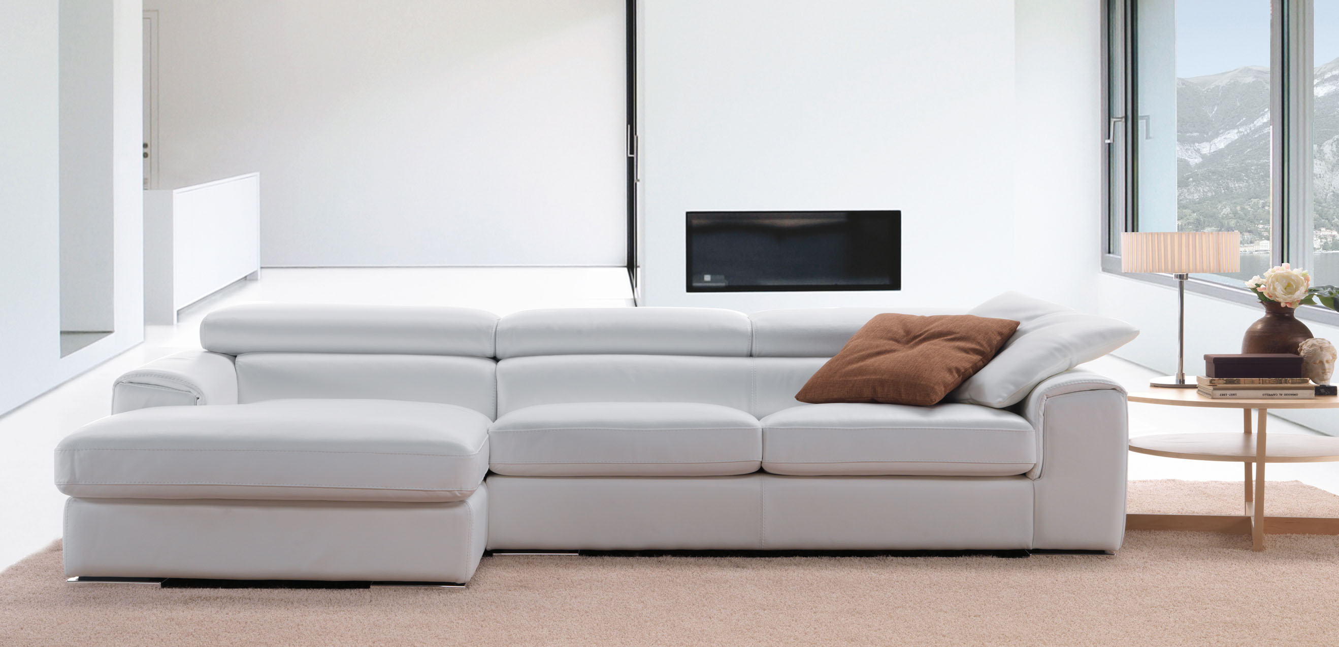 Sophisticated Full Italian Leather L shape Furniture with Pillows