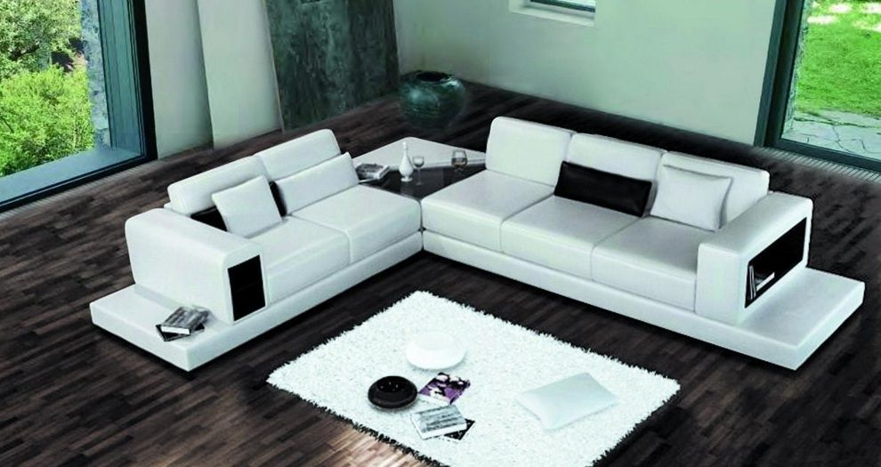 Contemporary style bonded leather chaise sectional el paso texas v6102 Modern sofas to go with any type of decor