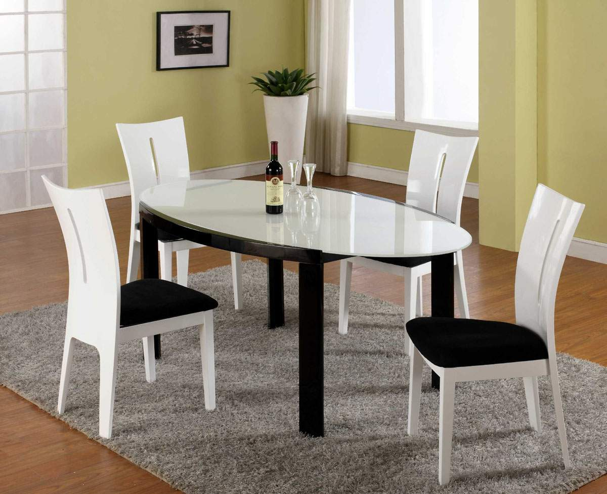 White and black dining room table - Awesome Black And White Dining Room Sets Pictures Jeeve Us Stunning Black And White Dining Room Set Images Home Design