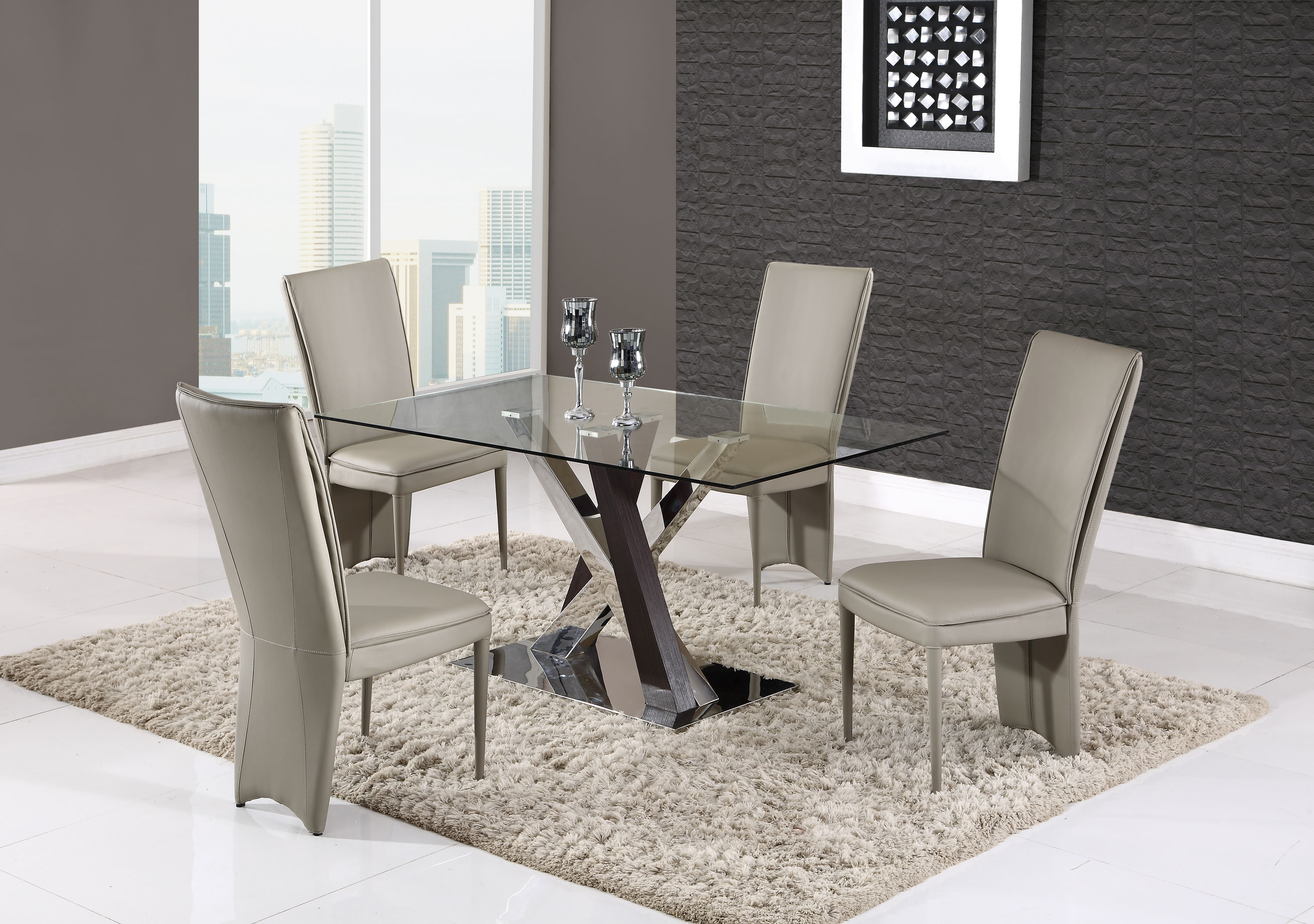 Gorgeous mirrored base glass table with taupe chairs - Table basse taupe ...