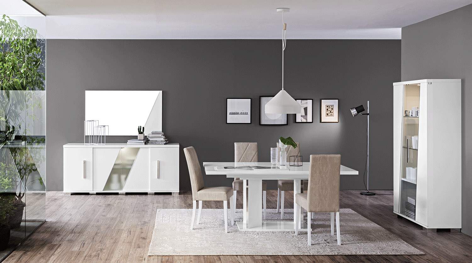 Contemporary Wooden Lacquered Dining Set With Extendable