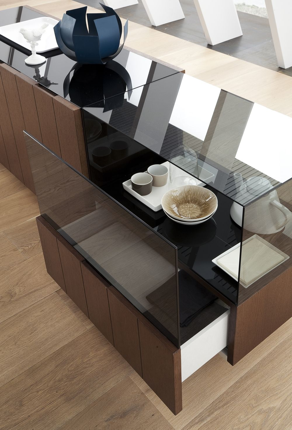 Luxurious Rectangular Wooden And Clear Glass Top Italian 5