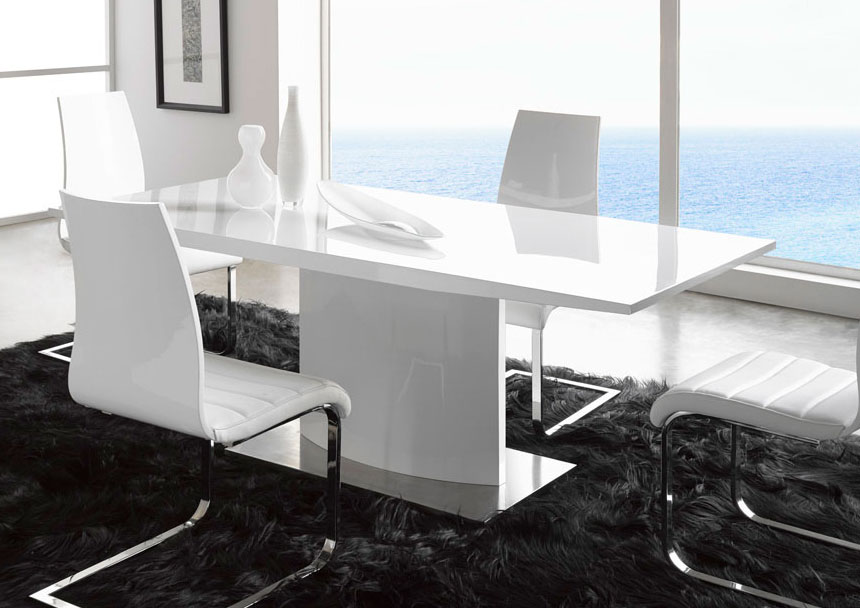 Extremely Contemporary White Lacquered Dining Table With Heavy Base