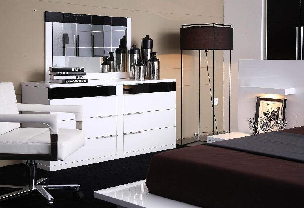 Unique White Glossy Contemporary Dresser Eight Drawers Black Storage