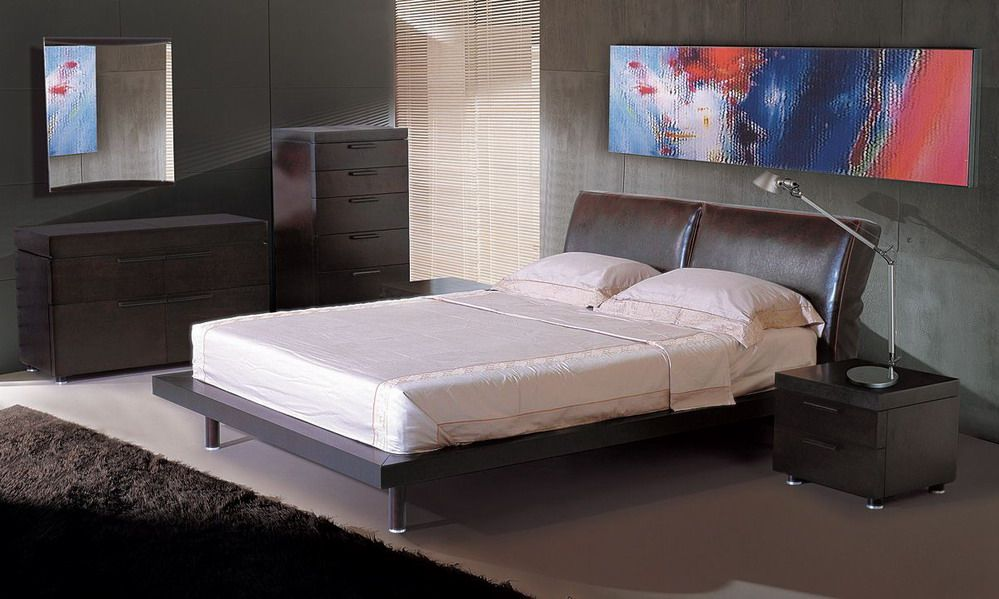 modern italian bedroom sets stylish luxury master bedroom. Black Bedroom Furniture Sets. Home Design Ideas