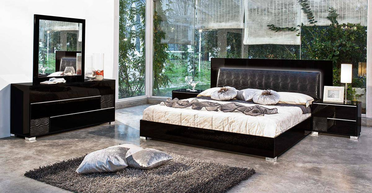 made in italy leather modern bedroom sets feat lighting 16395 | black lacquer crocodile leather bedroom set vgrace