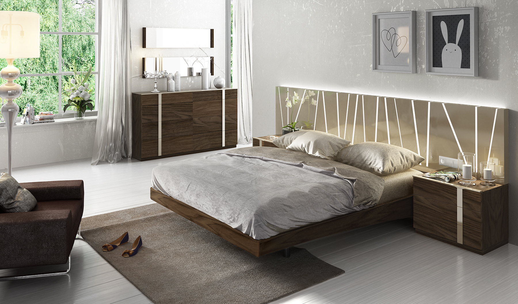 Exclusive Wood Luxury Bedroom Set feat Light
