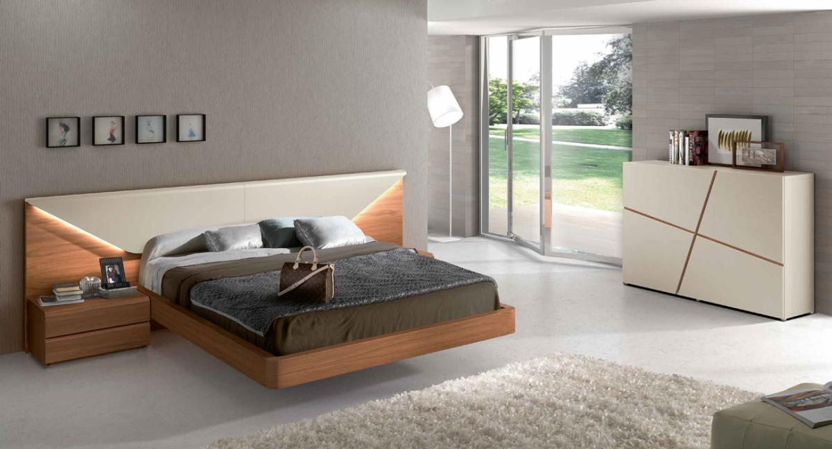 Made in Spain Wood Luxury Bedroom Set feat Light