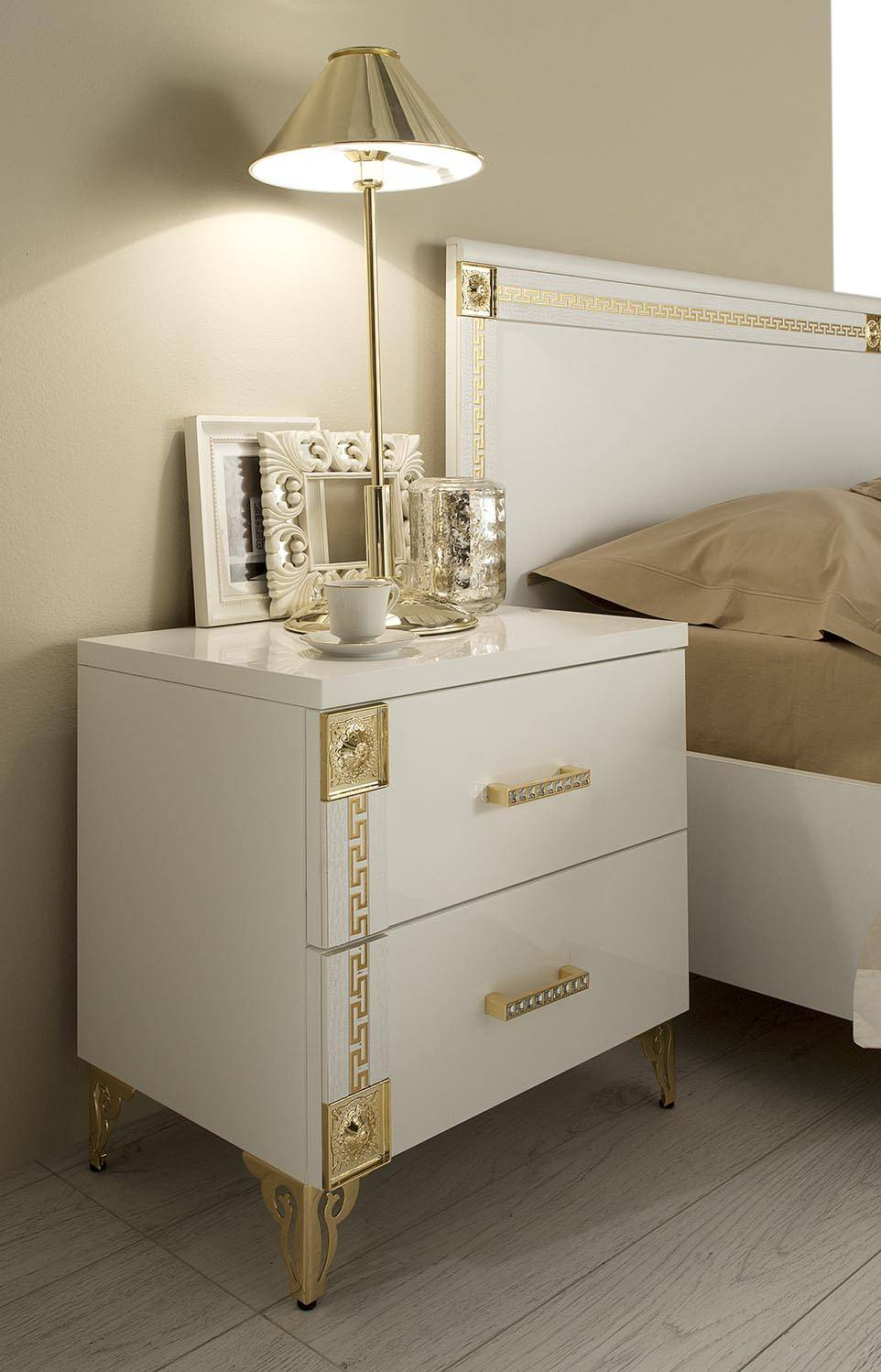Made In Italy Quality Luxury Modern Furniture Set With Golden
