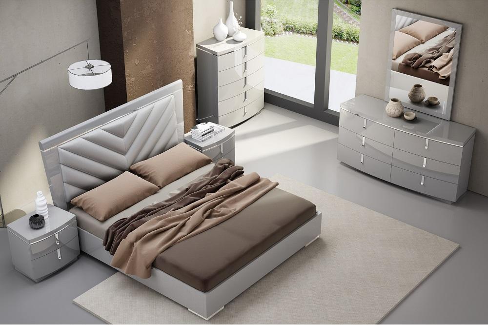 Exclusive Wood Design Bedroom Furniture With Extra Storage