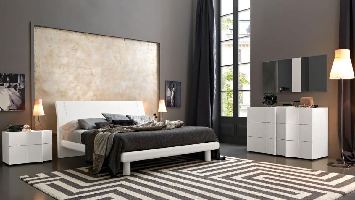Modern and italian master bedroom sets luxury collection for Unique master bedroom furniture