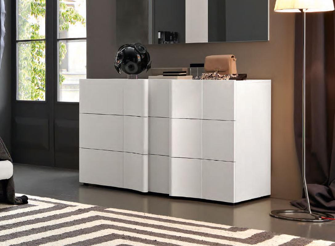 Elegant Wood Modern Master Bedroom Set feat Wood Grain ...