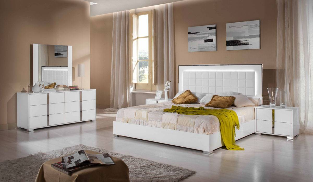 modern white bedroom set made in italy wood high end bedroom furniture feat light 16457
