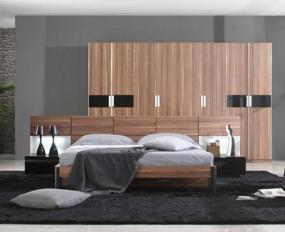 Italian quality wood designer bedroom furniture sets with for Quality bedroom furniture sets