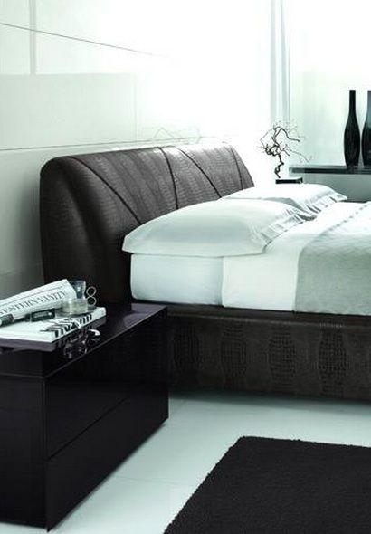 Leather Platform Bedroom Sets