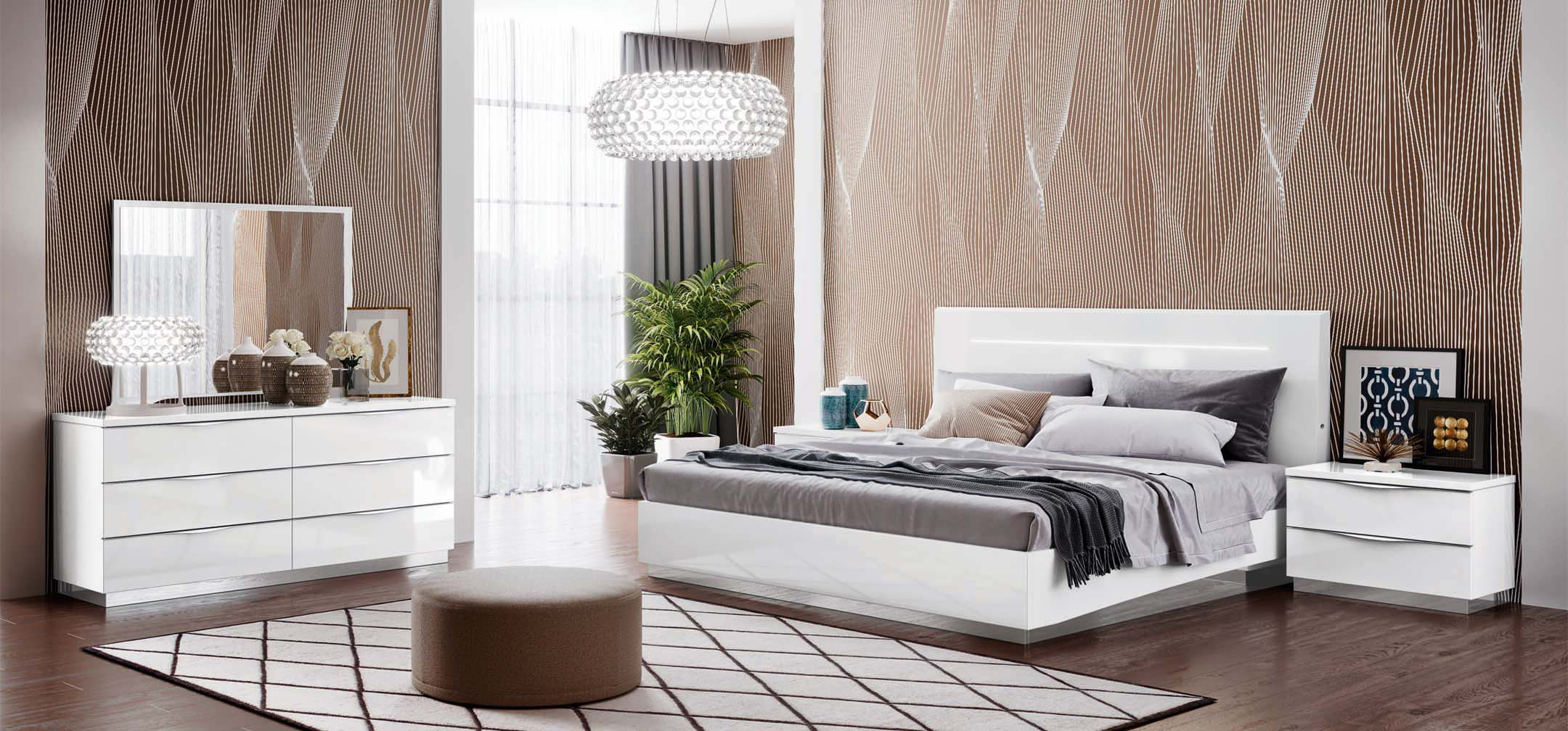 Made in Italy Wood Contemporary Bedroom Design