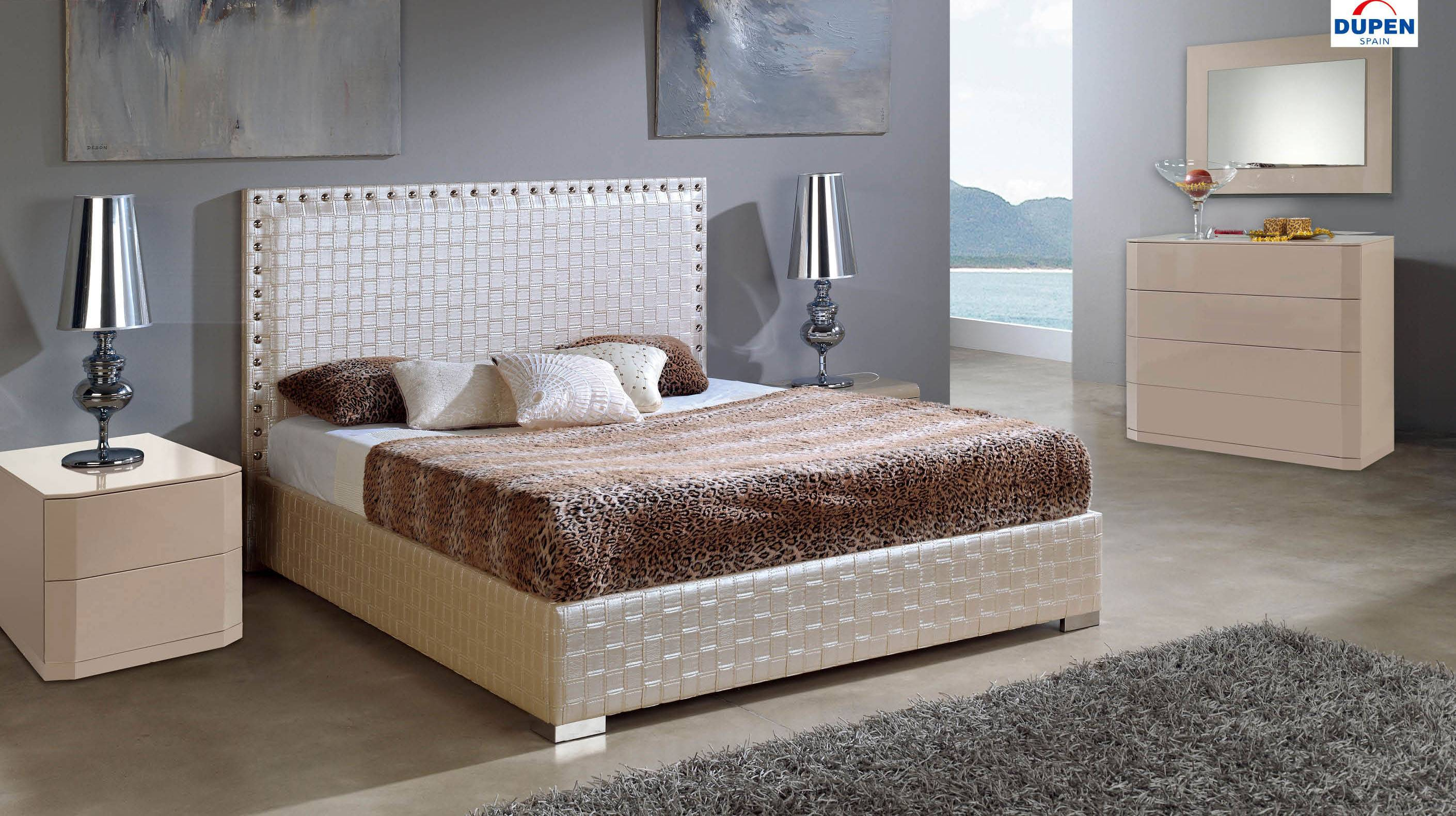 Made In Spain Leather Contemporary Platform Bedroom Sets