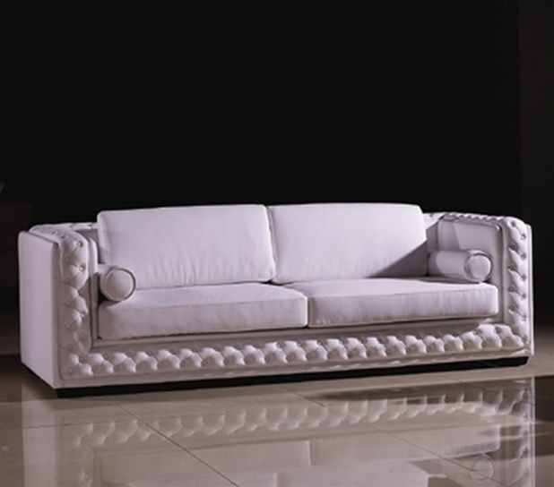 Classic Leather Sofa with Throw Pillows Shop modern Italian and ...