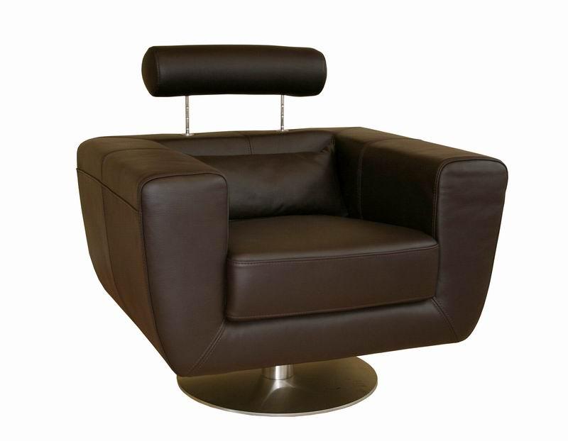 Prime Hooker Furniture Living Room Halona Native Swivel Club Chair Pdpeps Interior Chair Design Pdpepsorg