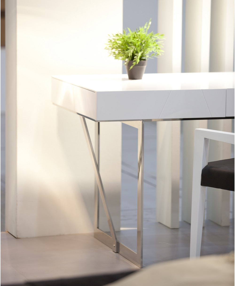 Modern Office Desk: White Contemporary Office Desk With Storage Oakland