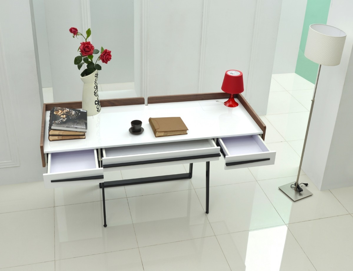 White And Walnut Modern Writing Office Desk Chicago Illinois Vig Branton