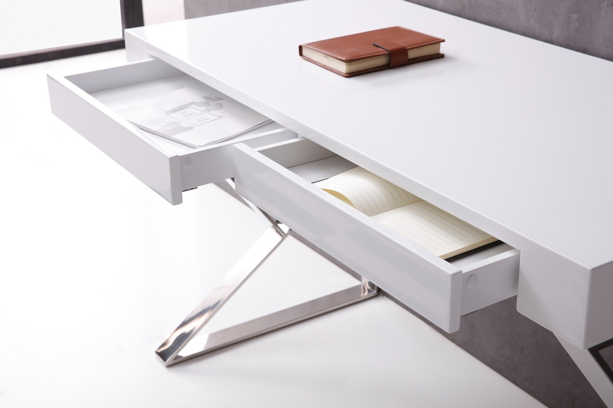 White High Gloss Office Desk with X Legs - Click Image to Close