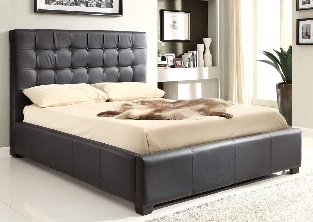 Modern platform bed with storage - Size
